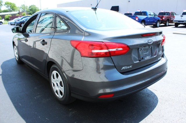 Pre-Owned 2016 Ford Focus S