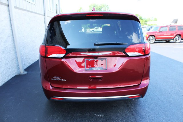Pre-Owned 2017 Chrysler Pacifica Touring Plus
